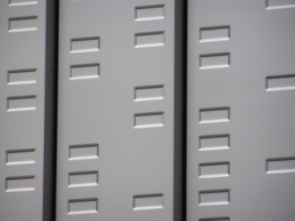 Aluminium cassette panelen voorzien van een noppenpatroon