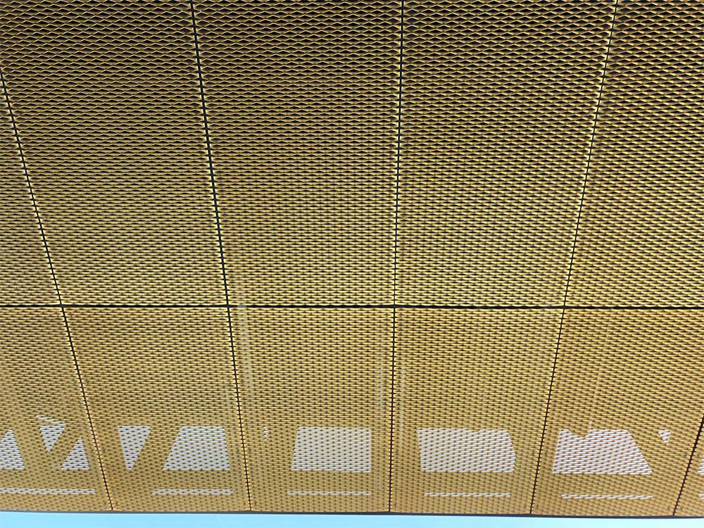 Plafond geanodiseerd strekmetaal